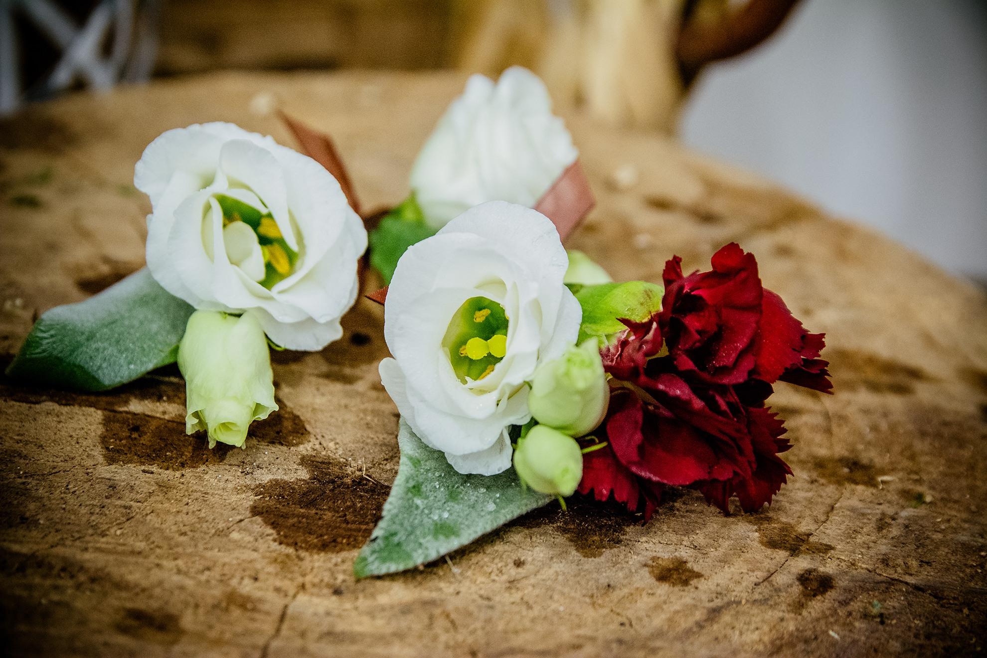 bottoniera matrimonio lisianthus